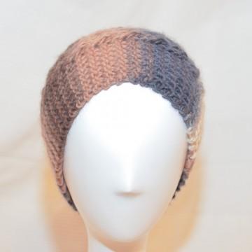 Bonnet en laine (gris, rose saumon, blanc)